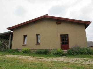 Lehmkloster Das Kloster von vorn