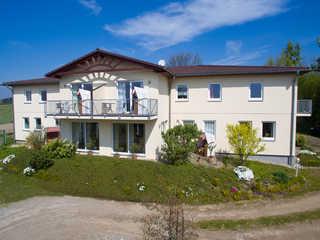 Ferienhaus Zum Strandkorb App. 3 - 200 m zum Strand Aussenansicht