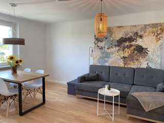 Apartment am Zoo in Halles Norden Zentrum der Wohnung mit großzügigem Essbereich ...