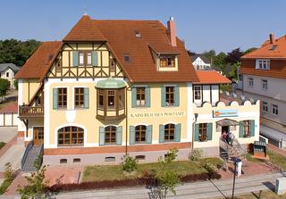 Kaiserliches Postamt 11