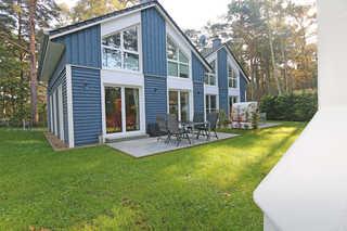 MZ: Ferienhaus Blaue Welle mit Terrasse Außenansicht