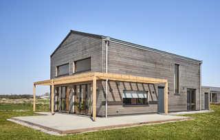Wohngesundes Designferienhaus mit exklusiver Ausstattung Außenansicht