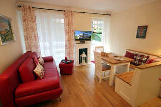 Ferienwohnung 34RB11, Villa Danae Wohn- und Essbereich