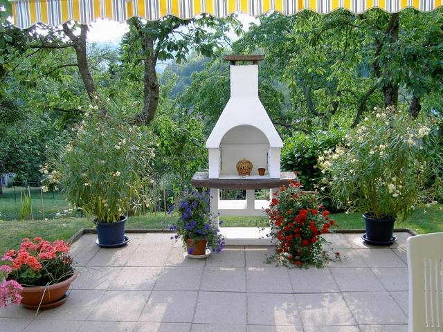 Ferienwohnung Haus Hedi vier Sterne Blick auf Terrasse