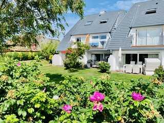 Haus Stübbe beim Dorfteich Blick vom Garten