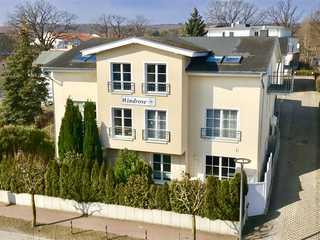 Haus Windrose by ruegenlotse Strassenansicht