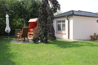 Ferienhaus Swantje Bungalow mit Terrasse und Strandkorb