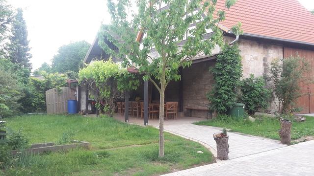 Weitläufiger Innenhof