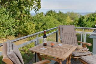 Strandhuhn Balkon mit Meerblick; Ferienwohnung liegt direk...