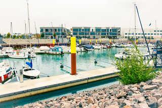 Z1-DAS HAUS Z1-DAS HAUS mit Hafen im Vordergrund