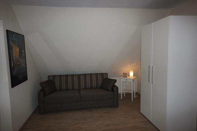 Der Schlafbereich im Wohn-/Schlafzimmer ....