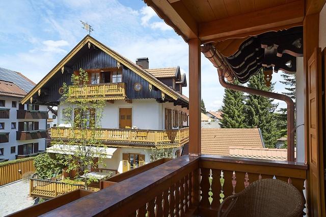 Ausblick Balkon Landhaus-Suite Wallberg