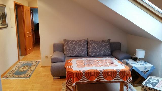 moderne Sitzgruppe im Wohnzimmer