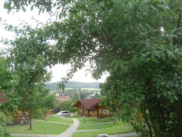 Stamsried im Tal mit Barockschloß