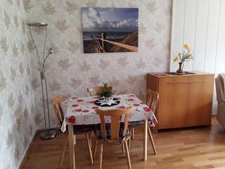 Ferienwohnung Panorama Essbereich mit Schrankbett