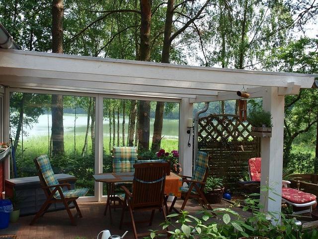 ferienhaus direkt am see in kagar objekt nr 12786. Black Bedroom Furniture Sets. Home Design Ideas