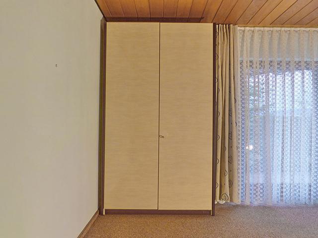 Schlafzimmer 2 / zweitüriger Keiderschrank