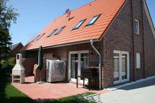 Nr. 79 - Ferienhaus Deichstraße / Nähe Yachthafen Garten / Terrasse