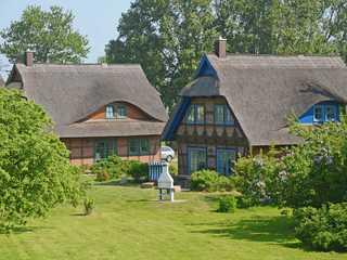 Fachwerkhäuser Gager F562 Haus 1 Valerius mit Sauna+Kamin Fachwerkhaus Gager in Gager Haus 1 (links) Vale...