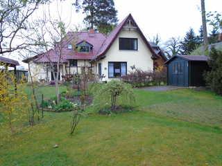 Ferienhaus in traumhafter Lage direkt am Plauer See - 20 m Blick zum Haus