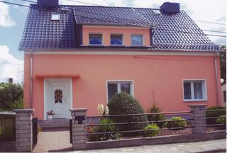 Ferienwohnung / DZ Blesse Allstedt Eingagsbereich Fewo OG, Ansicht von Straße