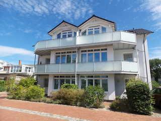 Ferienwohnung Villa Meernixe 14 im Ostseebad Binz auf Rügen Rückseitde des Hauses