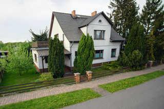 Haff-Ostseeferienhausapartment Erdgeschoß das Ferienhausapartment liegt in der Uneren Etage