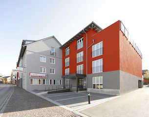 Hotel & Boarding House Schlosserwirt Hotel & Boarding House Schlosserwirt