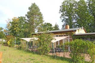 Ferienwohnung Warthe UCK 595 Außenansicht Haus mit Ferienwohnung