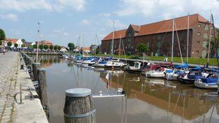 Gemütliches hundefreundliches Ferienhäuschen Historischer Hafen in Tönning