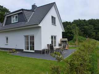 Ferienhaus Munky Munky - Terrassenseiten (Süd- und Westseite)