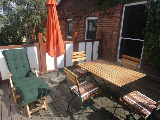 Terrasse-Tisch,4Stühle,Liege,Sonnenschirm usw.