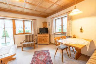 Haus Starlet, Wohnung 2 Wohnzimmer