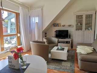 Ferienwohnung mit Südbalkon Wohnzimmer