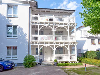 "Haus Seydlitz -F639   WG 15 ""Lubin"" mit Strandkorb Haus Seydlitz im Ostseebad Binz"