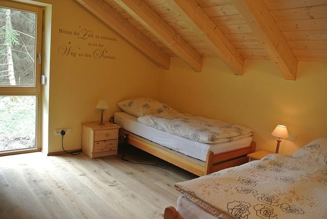 1 von 3 Schlafzimmern