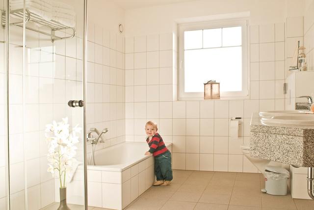 Bungalow: barrierefreies Badezimmer