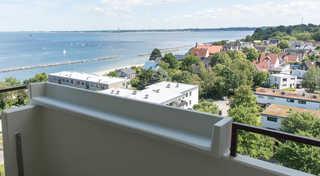 Ferienwohnung Strandblick 56 Ferienwohnung Strandblick 56 Blick vom Balkon a...
