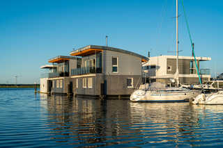 11. Floating-Houses (105 m²) Annea mit Kamin