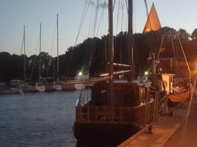 Hafen,Dampfer nach Wismar
