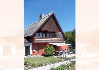 Heringsdorf, Ferienhaus mit Reetdach Gerdi Gebäudeansicht