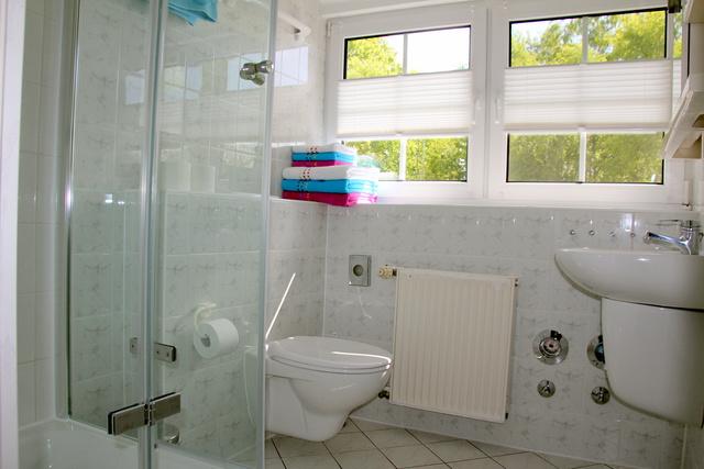 Dusche/WC Ferienwohnung für 4 Personen