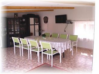Gemeinschaftsraum mit Küche/WC sep.