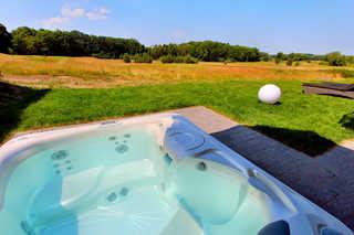 Luxus-EG-Fewo TEE ONE Eigener Außenwhirlpool im Garten (ganzjährig 38...