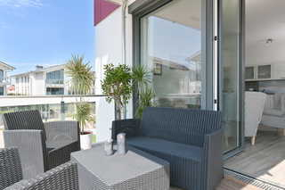 Gloweglück Balkon mit Relaxmöbeln