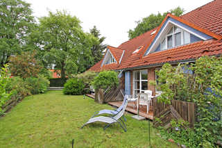 Ferienwohnung Prerow FDZ 571 Hausansicht mit Terrasse
