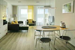 Ferienwohnung de Twargbutt Wohnzimmer mit Essbereich