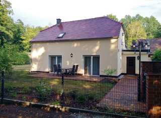 Haus Waldidyll Haus Waldidyll mit 2 separaten Ferienwohnungen