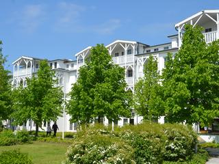 Seepark Sellin F547 WG 371 im 2. OG mit sonnigem Balkon Seepark Sellin im Ostseebad Sellin Hausansicht