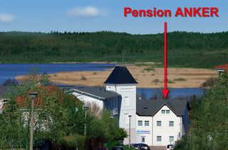 Pension Anker Blick vom Zinglingsberg auf Pension ANKER; im H...
